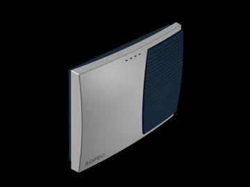 AS 3000, Produktdesign, Konstruktion, CNC-Fraesteile und Vakuumgussteile von Constin, Hier ein Rendering aus SolidWorks, das eine rechteckige, dynamisch gestylte Box in silber und blau zeigt auf schwarzem Hintergrund, Perspektive 02