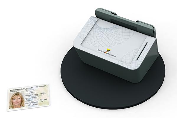 Behördenterminal: Produktdesign, Designstudie von Constin, hier ein Rendering des Designgehäuses aus SolidWorks mit Scanner für biometrische Daten und Personalausweis von vorn