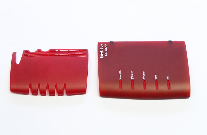 Prototyping Leistungen: ein bedrucktes und ein unbedrucketes Kunststoffteil für AVM von Constin