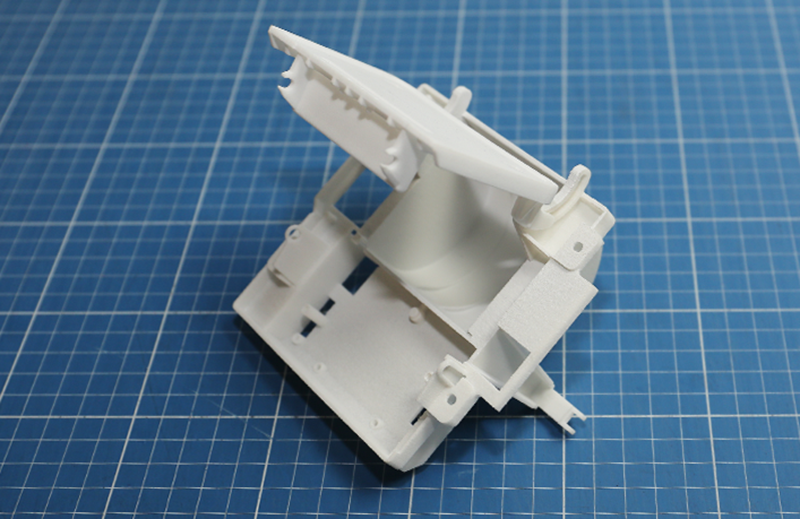 Prototyping Leistungen: komplexes Kunststoffteil, Rapid Prototyping Verfahren: SLS Lasersintern