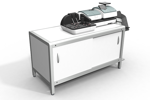 Aktive Rampe für PostBase 100: Produktdesign und Designstudie in SolidWorks von Constin. hier die Rampe integriert in die kleine PostBase auf einem weißen Unterschrank, Rampe im Vordergrund, Farbvariante 02