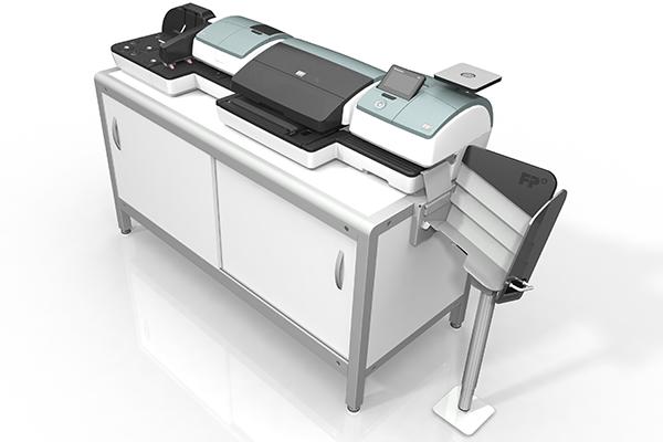 Aktive Rampe für PostBase 100: Produktdesign und Designstudie in SolidWorks von Constin. hier die Rampe integriert in die große PostBase auf einem weißen Unterschrank
